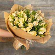 Buquê de 36 Rosas Nacionais (Mais Cores Disponíveis)