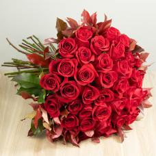 Ramalhete de 36 Rosas Importadas - Vermelho