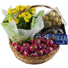 Cesta Chocolates e Flores